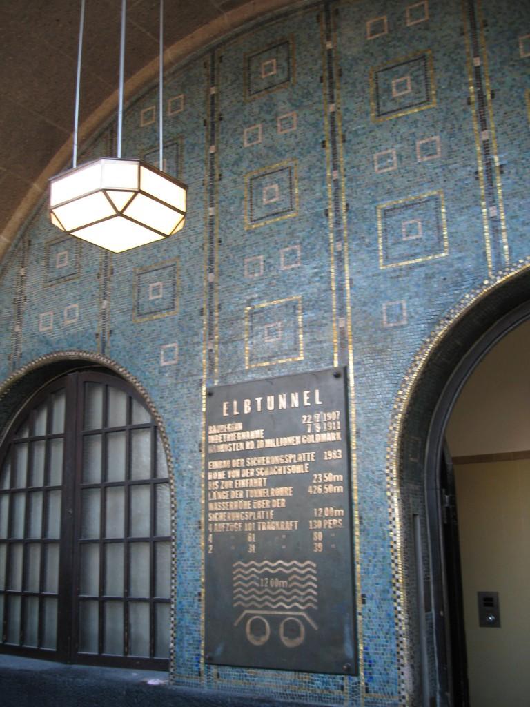 Elbtunnel Mosaic