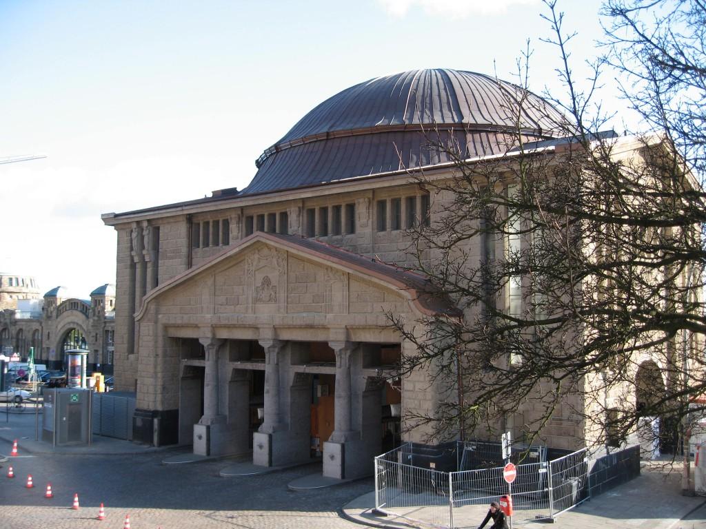 Elbtunnel terminal building