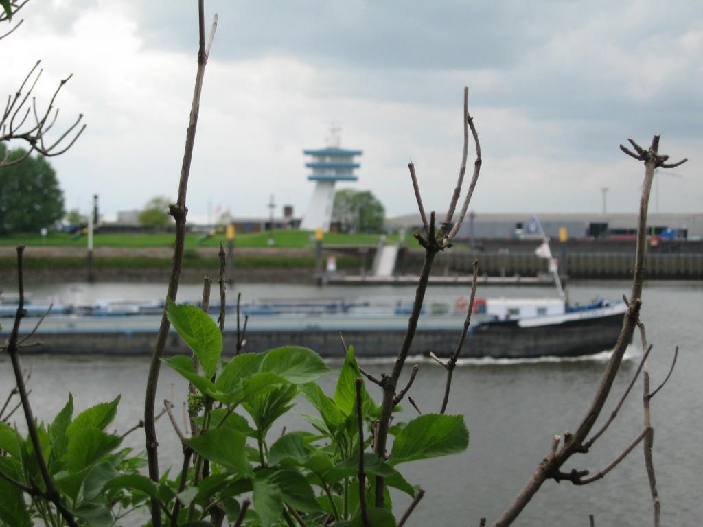 Bremen river Weser Lankenauer Höft