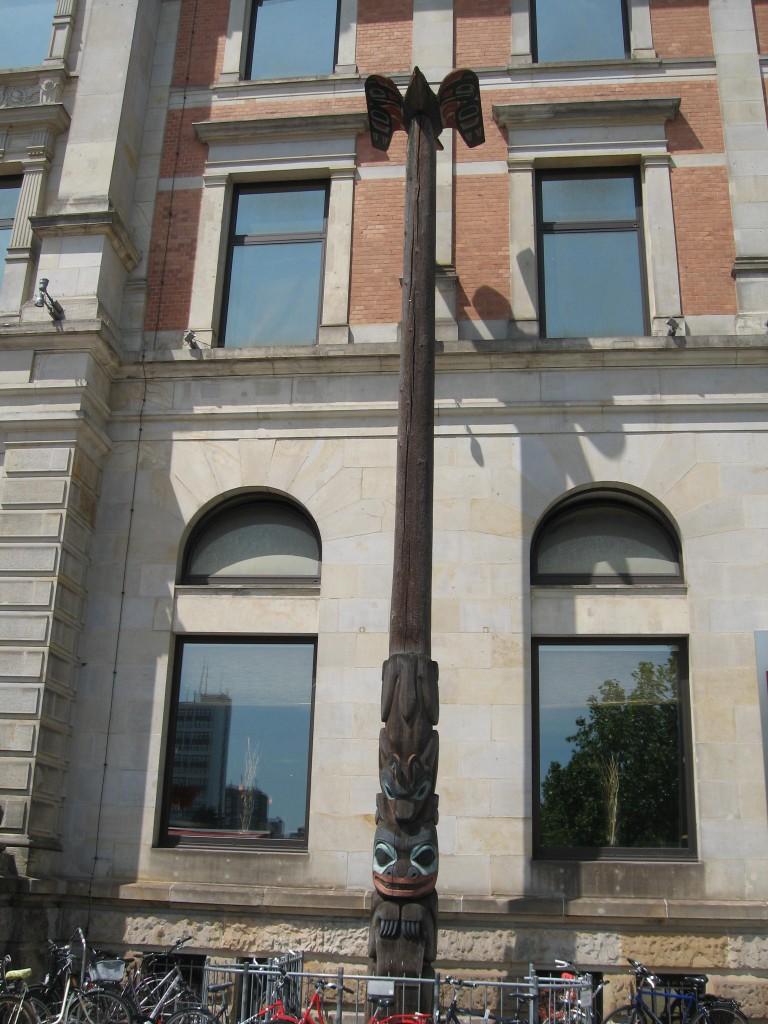 Bremen overseas museum totem pole