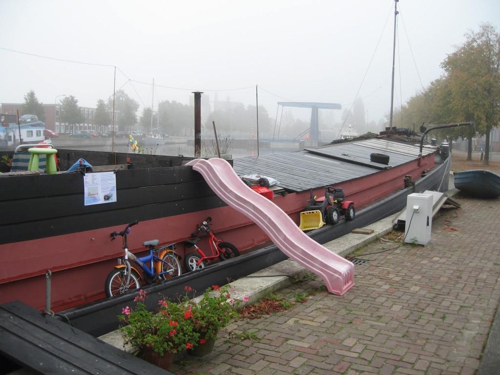 Winschoten barge
