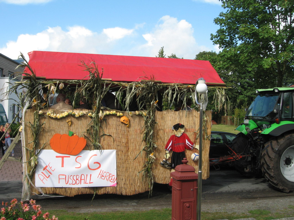 Harvest festival parade