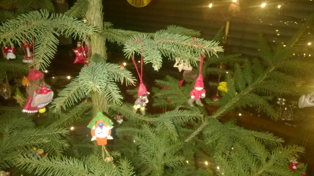 Christmas tree dwarves