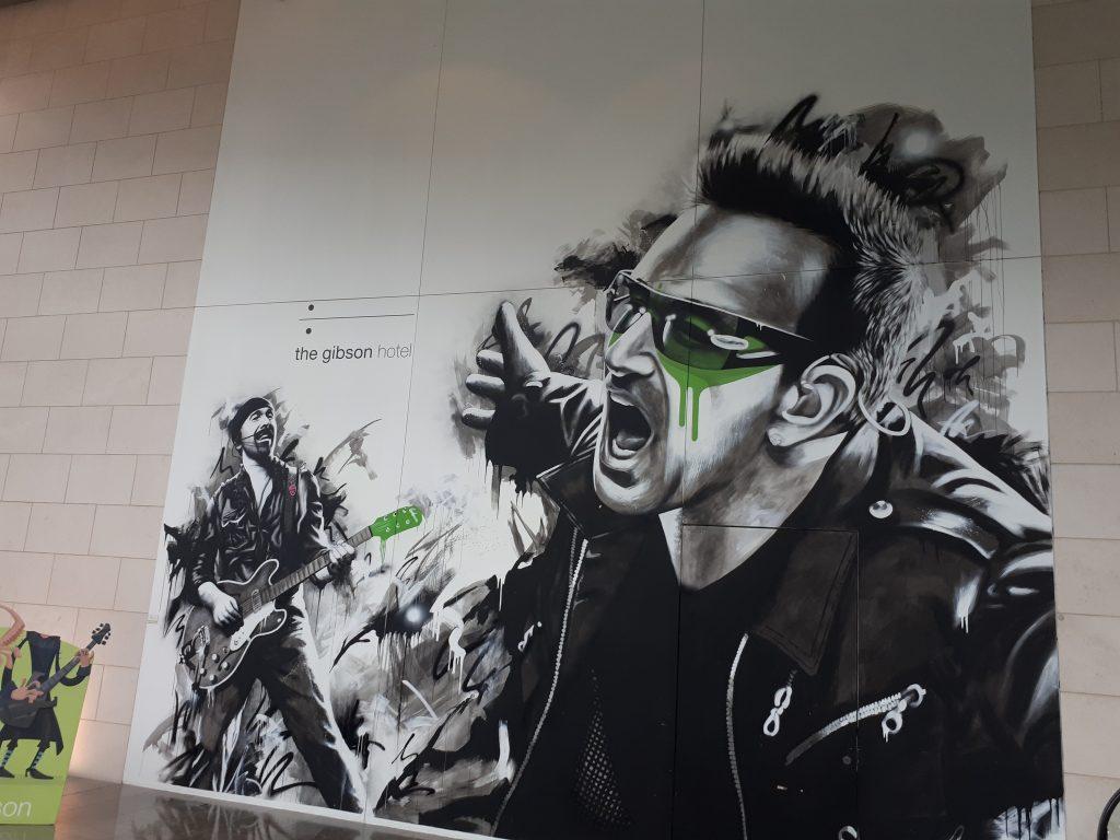 Bono mural Gibson Hotel