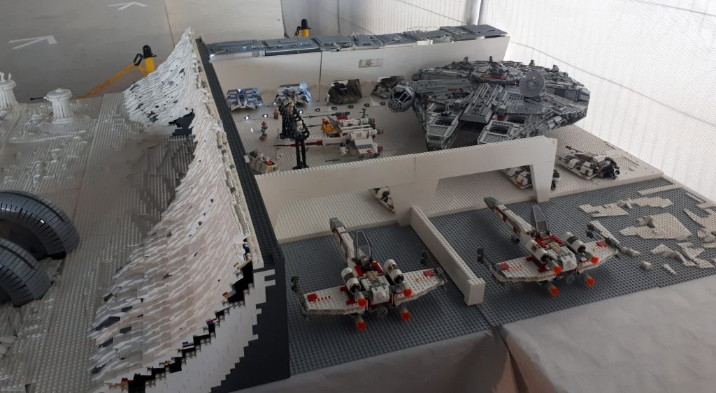 Lego Hoth rebel base interior